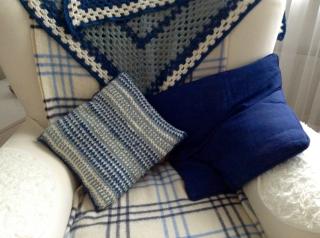 cushion-crochet